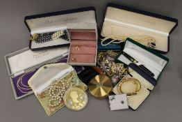 A good quantity of various costume jewellery