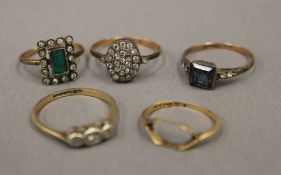 Five various 9 ct gold rings (9 grammes total weight)