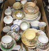 A quantity of decorative china