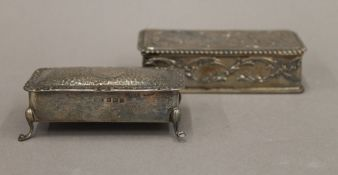 Two small silver trinket boxes (5 troy ounces total weight)