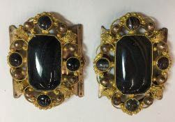 An agate set gilt metal buckle