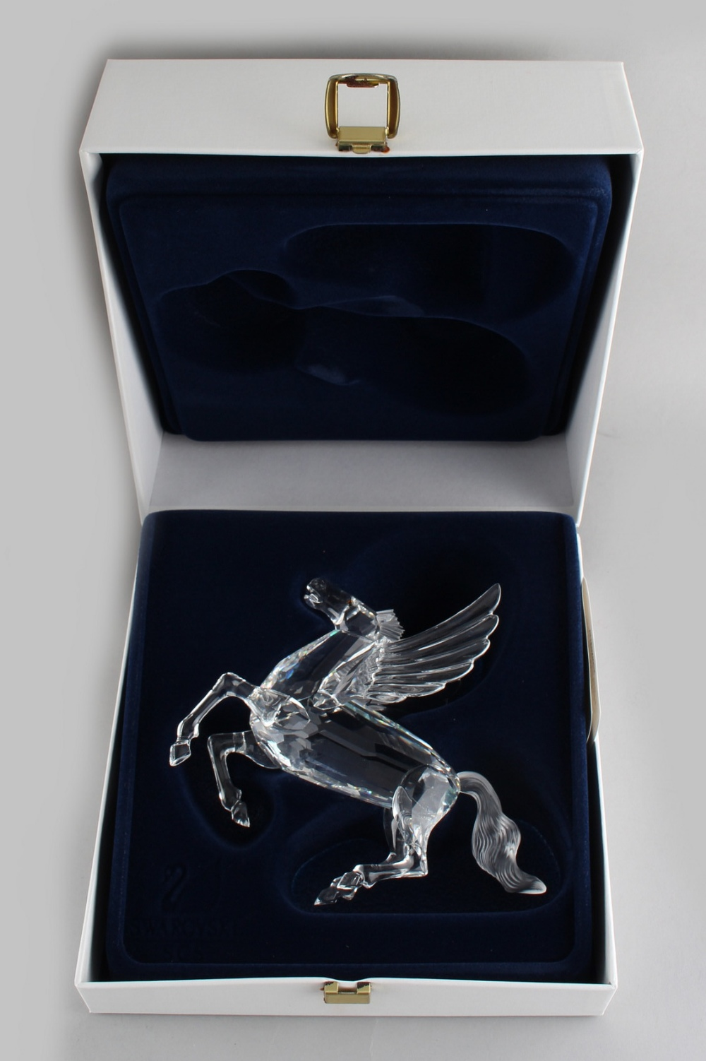 Lot 96 - A private collection of Swarovski crystal glass - Pegasus, the 1998 Annual Edition 'Fabulous