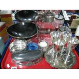 Lot 1274 - Knickerbocker Kidney Shaped Trinket Box, fruit bowl, goblets, etc:- One Tray