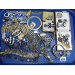 Lot 1276 - Assorted Costume Jewellery, including bracelets, necklaces, pendants, bangles, etc:- One Tray