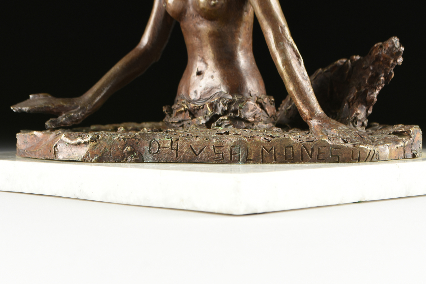 """Lot 20 - VICTOR SALMONES (Mexican 1937-1989) A SCULPTURE, """"Sirena,"""" cast bronze mounted to a white granite"""