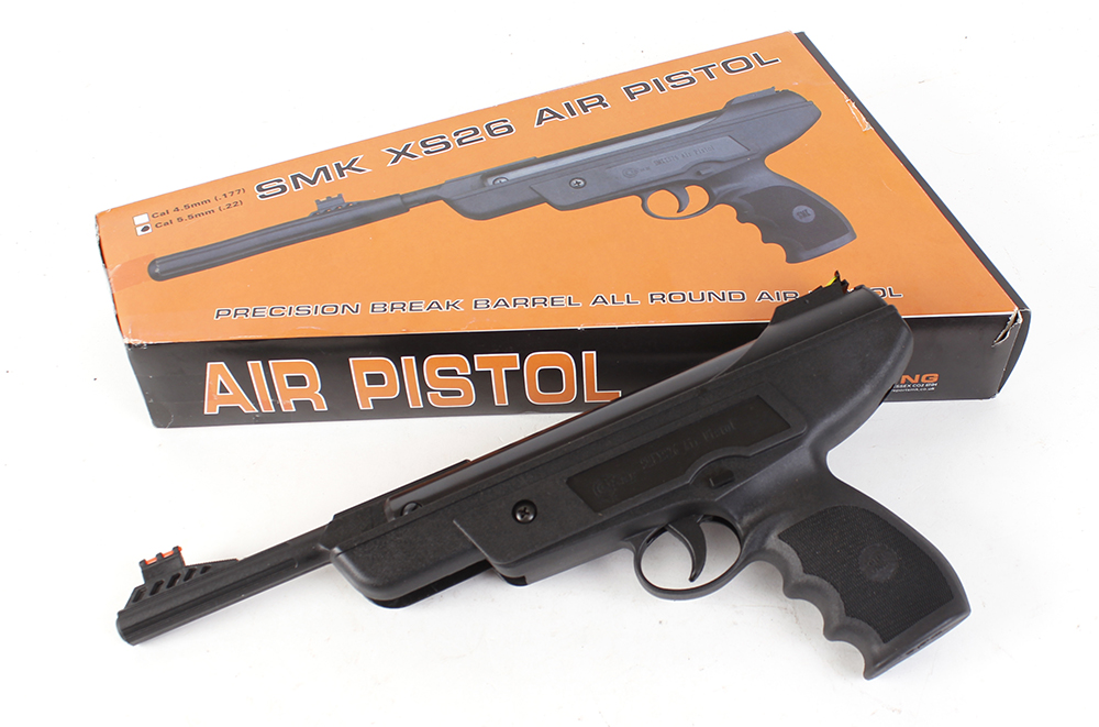 Lot 272 - .22 SMK XS26 break barrel air pistol, as new in box, no. 1380 [Purchasers please note: This Lot