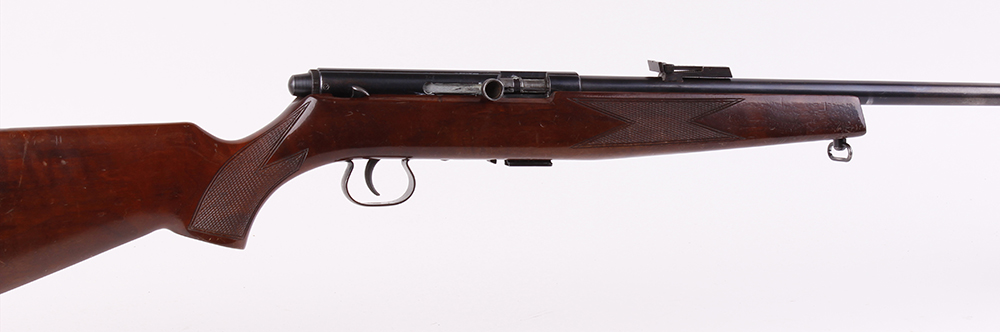 Lot 768 - (S1) .22 Krico Model 260 semi automatic rifle, 22 ins threaded barrel (capped), hooded blade
