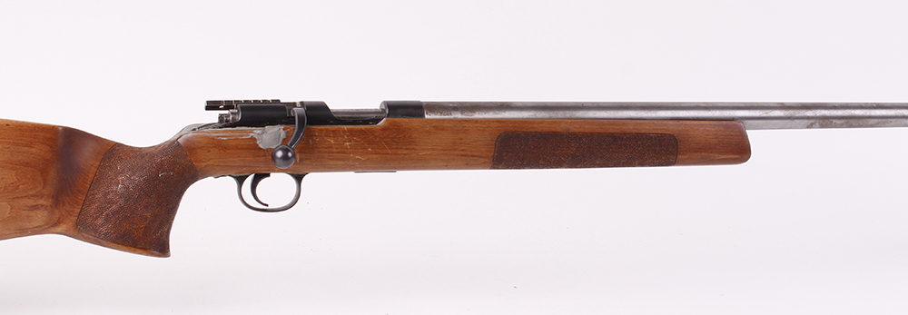Lot 761 - (S1) .22 Remington(?) bolt action target rifle, 26½ ins heavy barrel with tunnel foresight, single