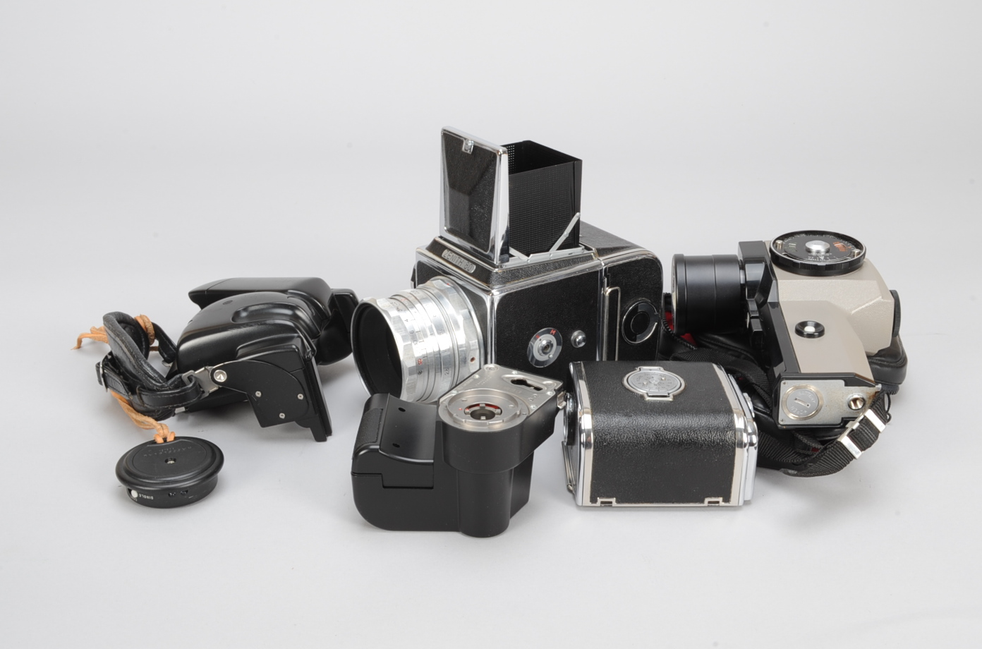 Lot 11 - A Zenith 80 Roll Film SLR Camera, shutter not firing, with an Industar-29 80mm f/2.8 lens, waist-