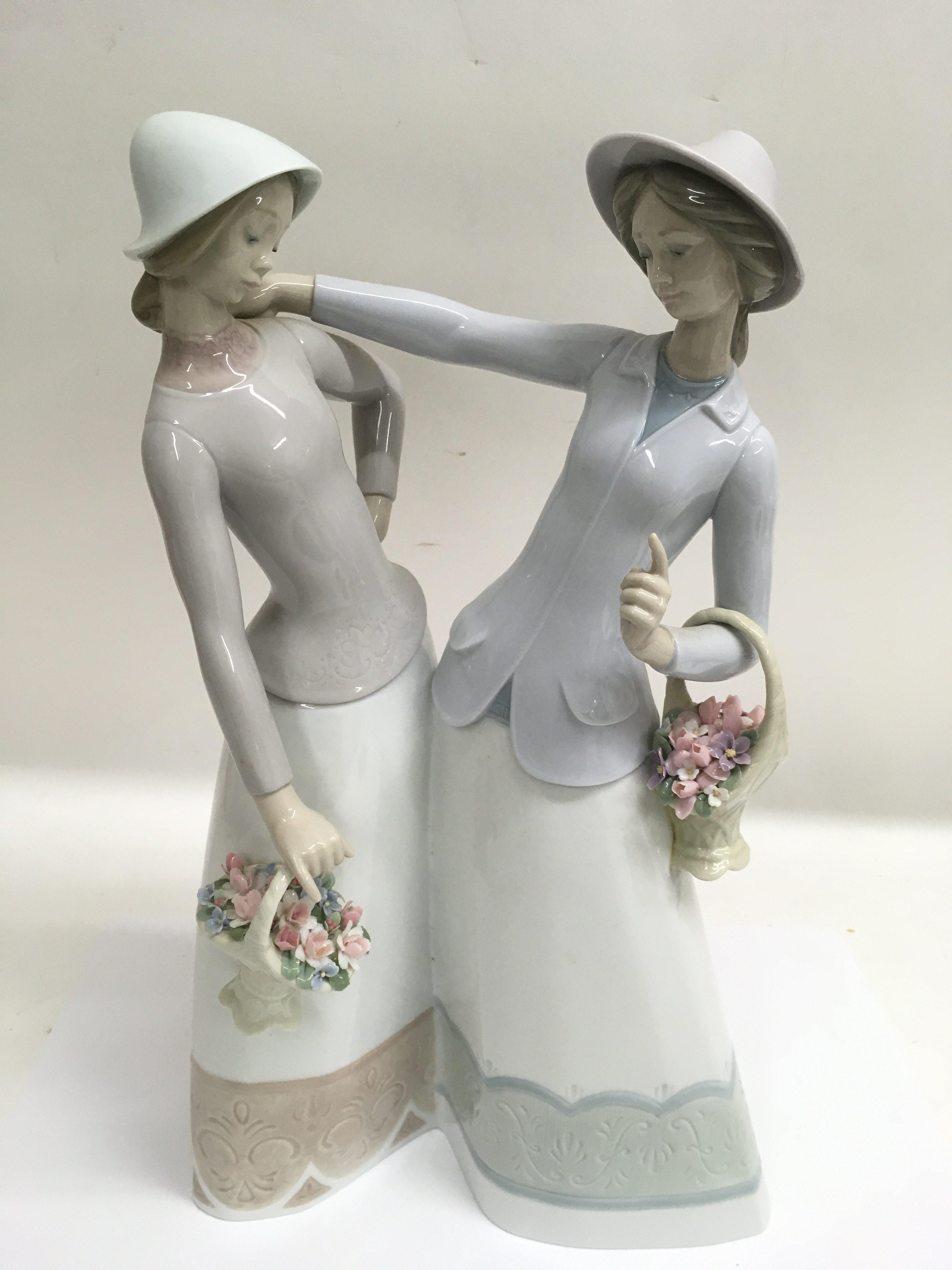 Lot 741 - A large Lladro figure group 'The Encounter', boxed