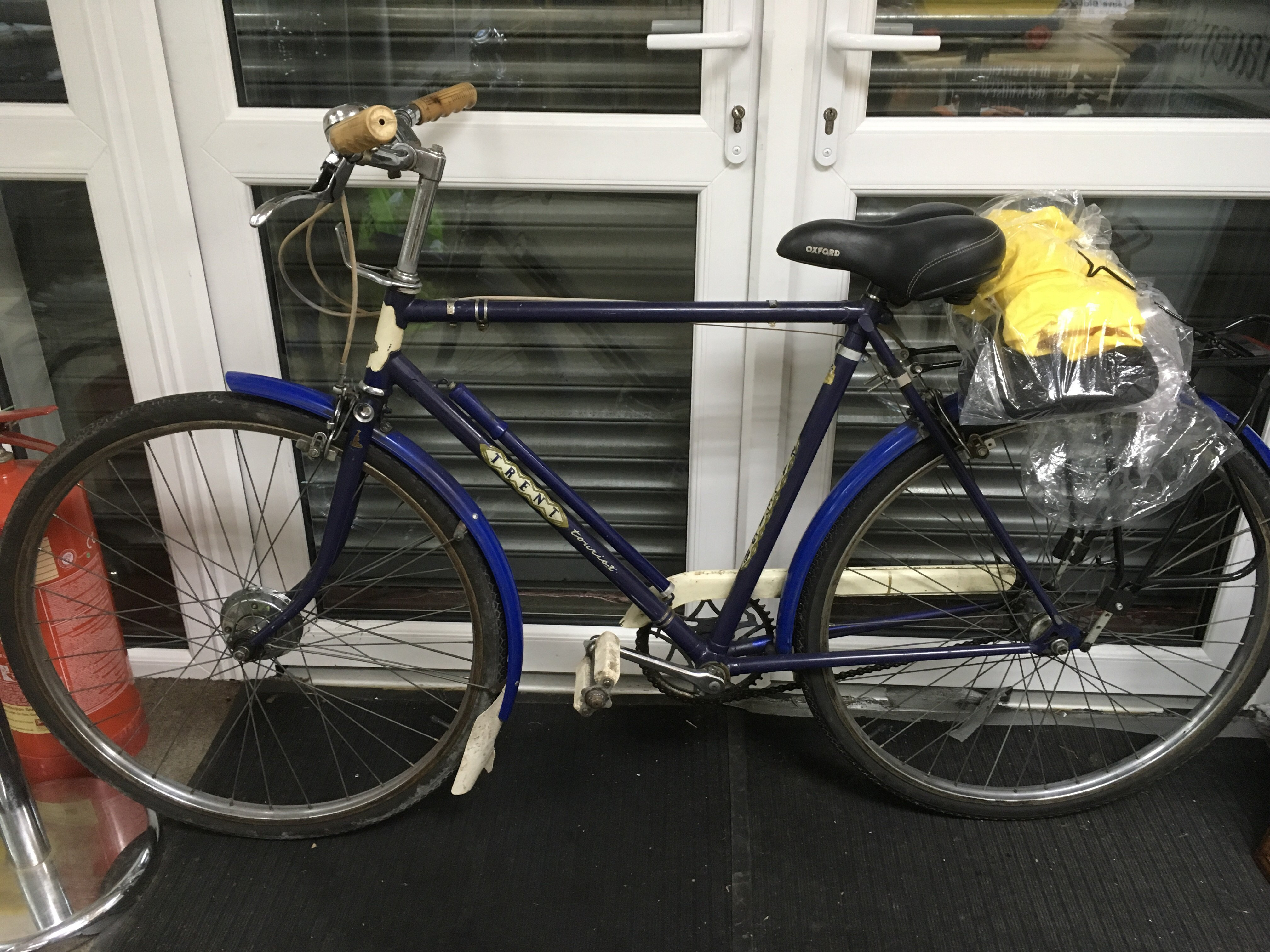 Lot 1764 - A vintage Raleigh bicycle and accessories - NO RES