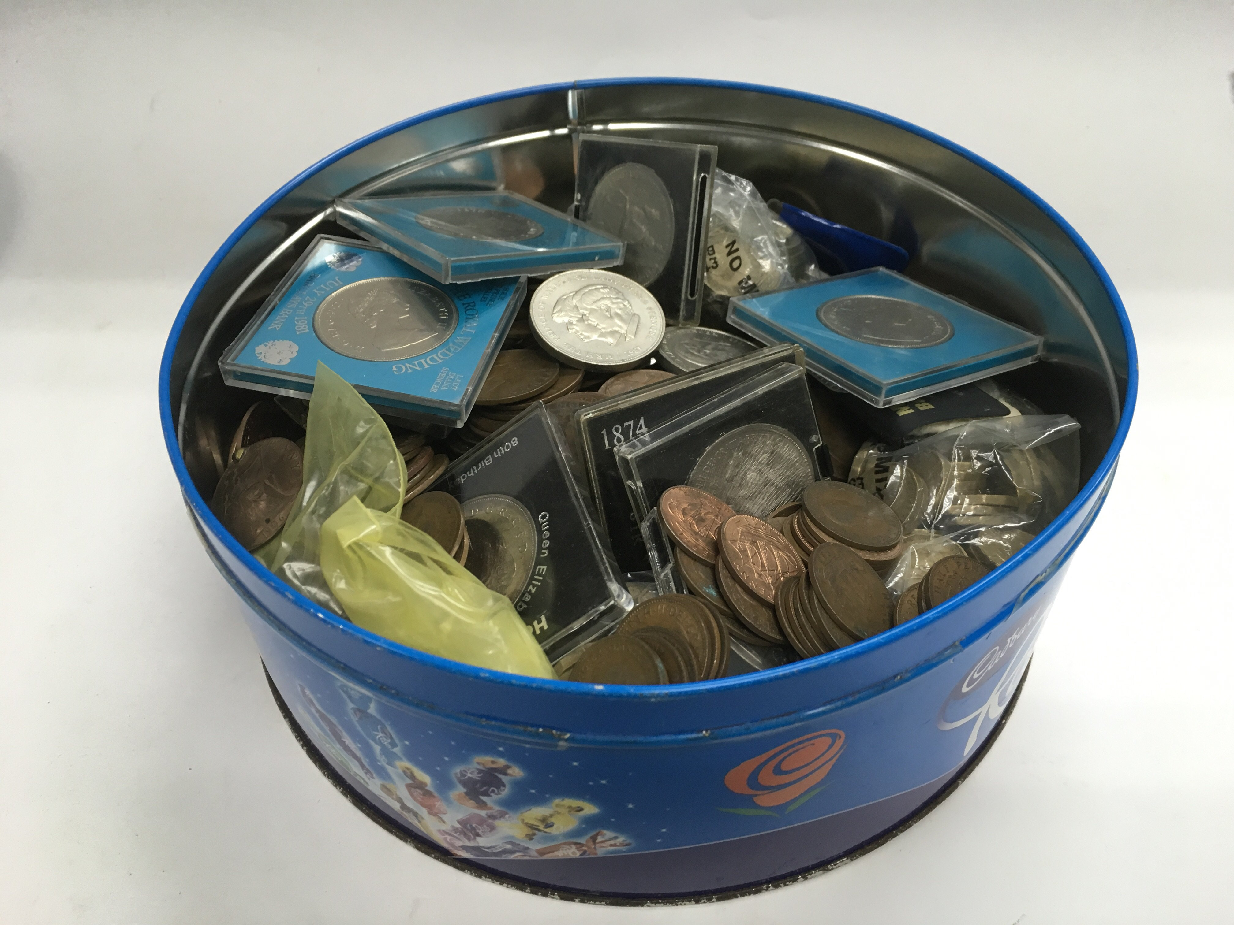 Lot 337 - A tin of old British coins.