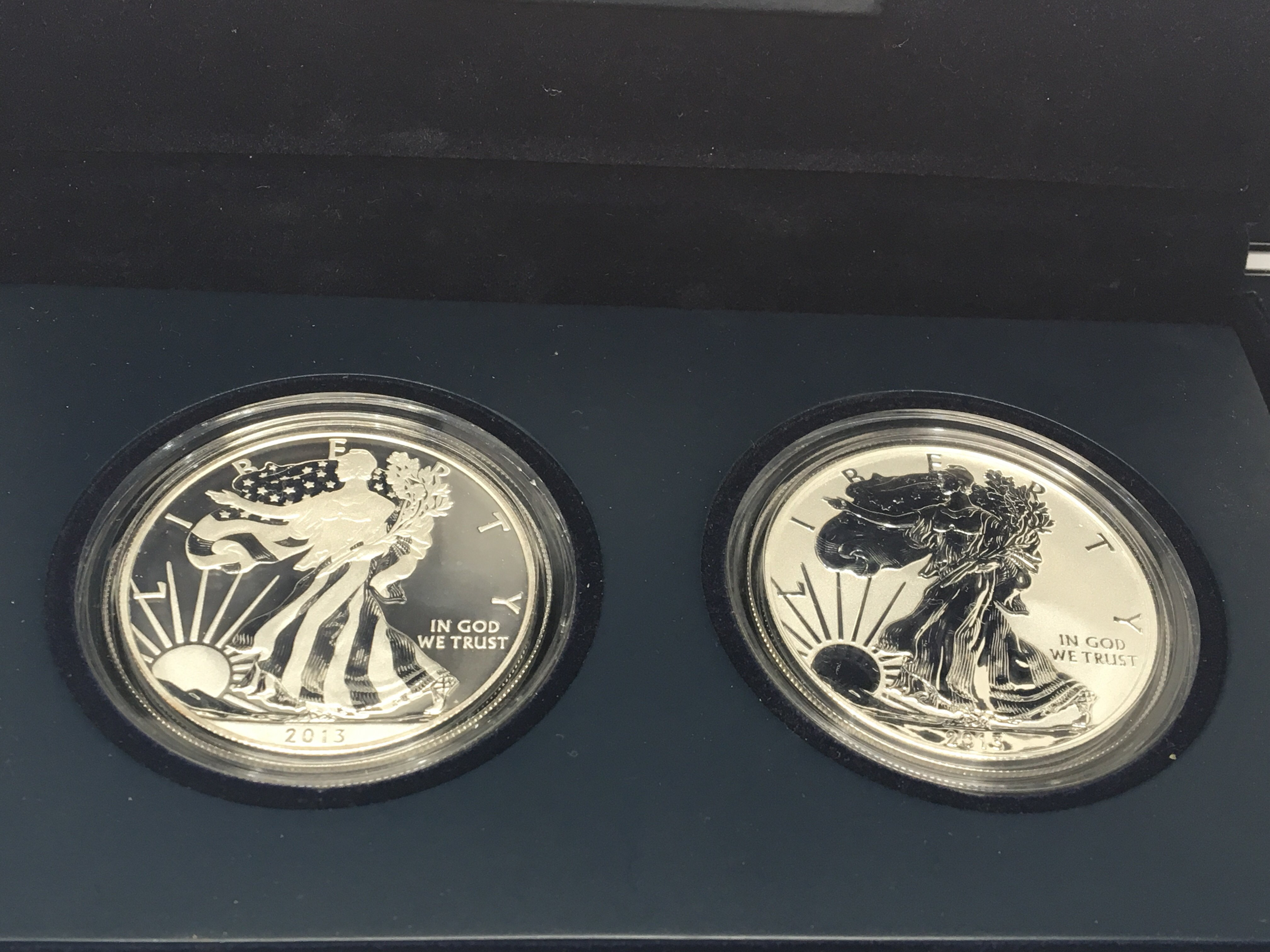 Lot 126 - A 2013 American Silver( 9.99%) Eagale West Point T