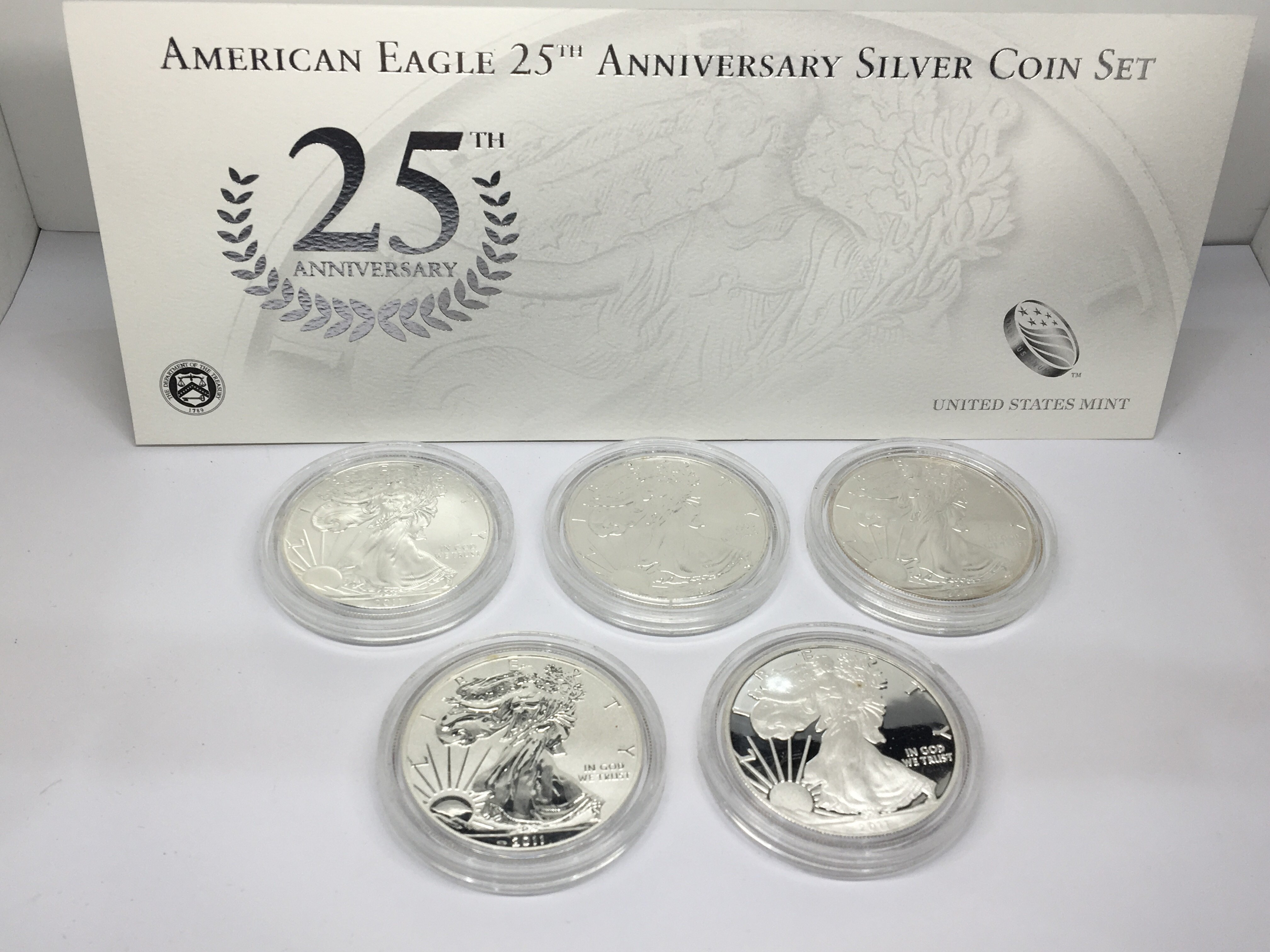 Lot 129 - A 2011American Silver( 9.99%) Eagale West Point Fi
