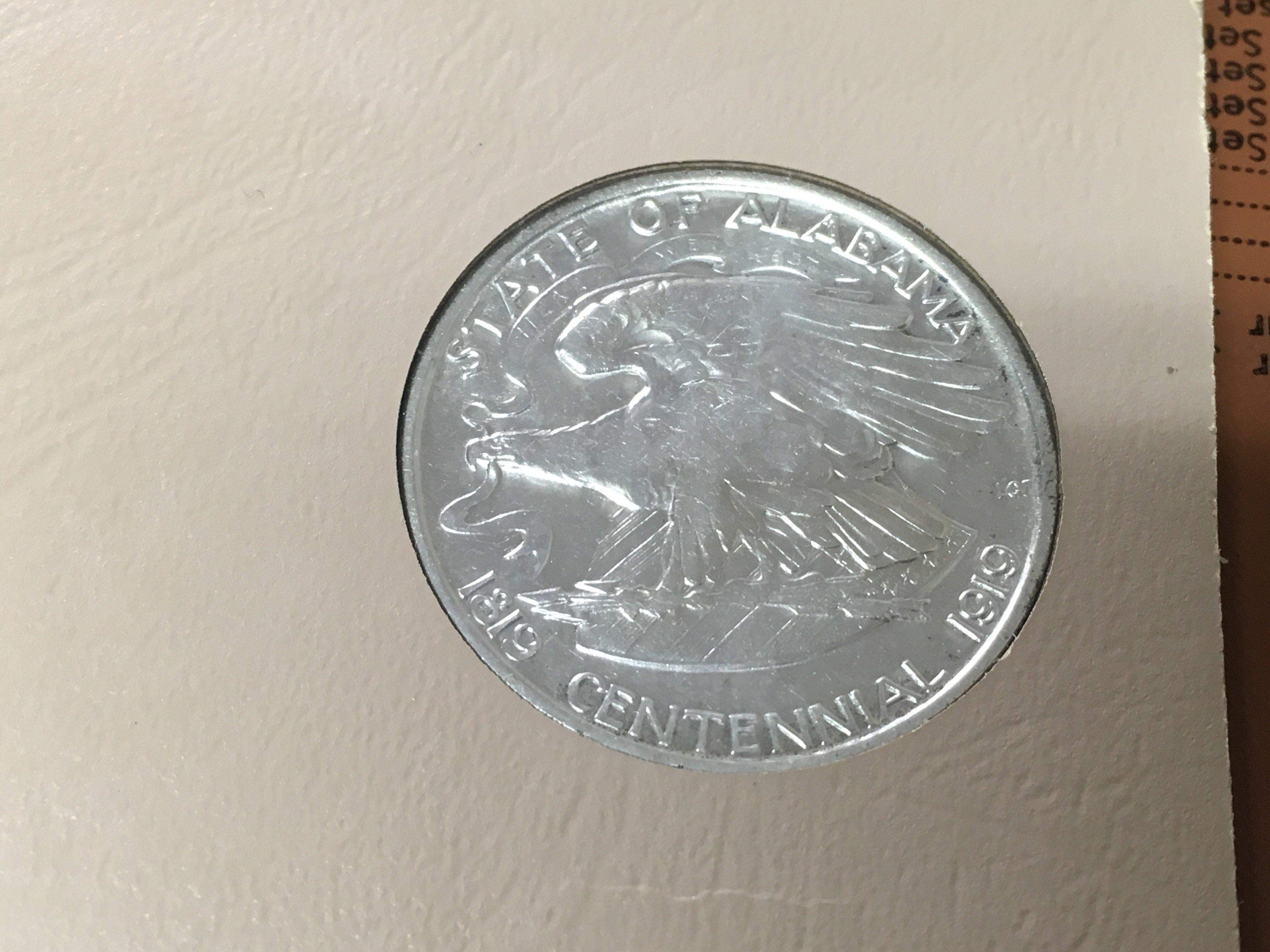 Lot 153 - A rare American 1921 half dollar commemorative coi