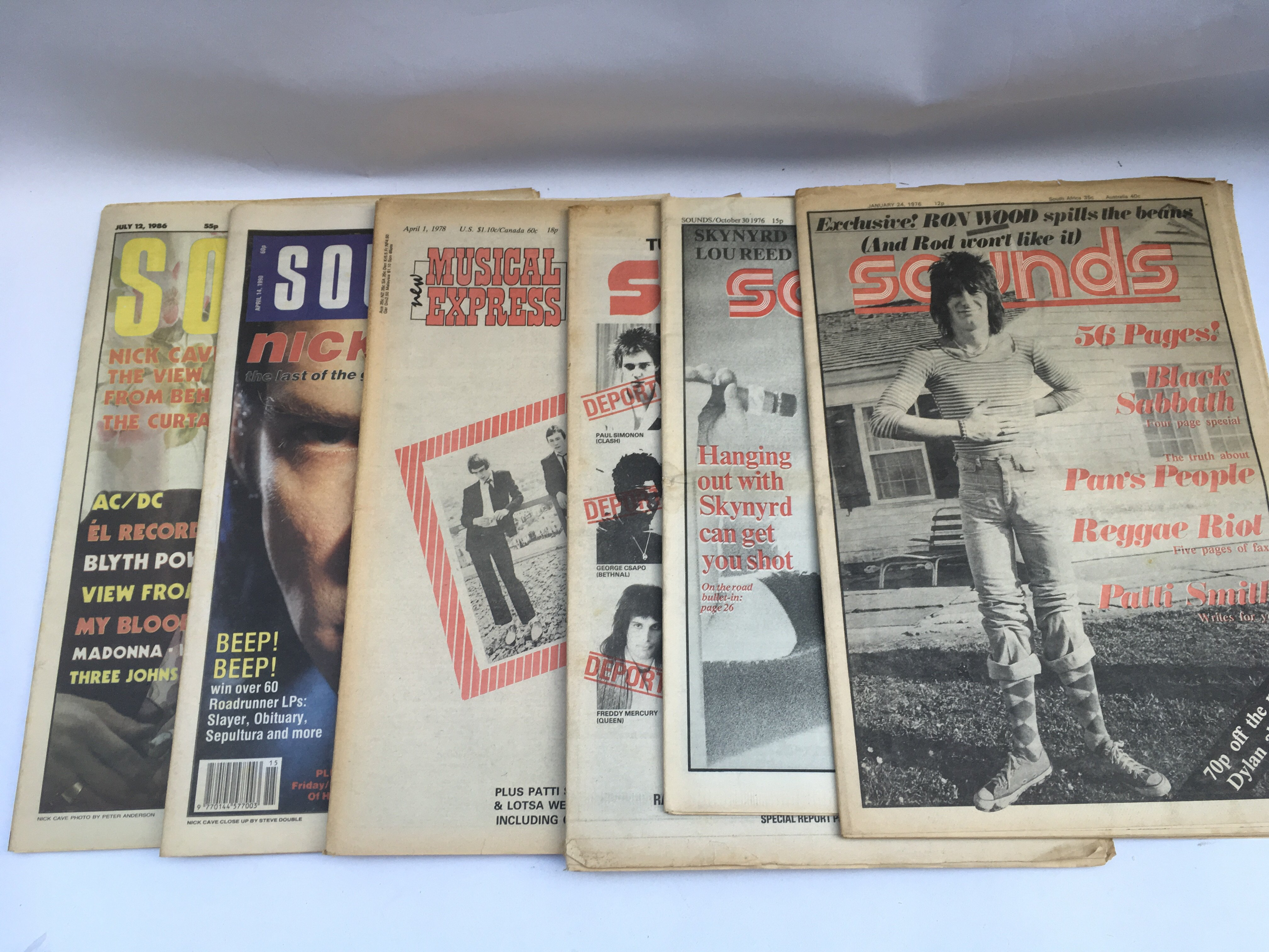 Lot 1314 - A collection of various editions of 'The Great Mus