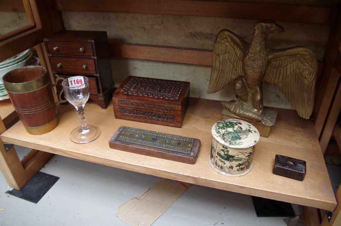 Lot 1169 - A mixed lot of items.