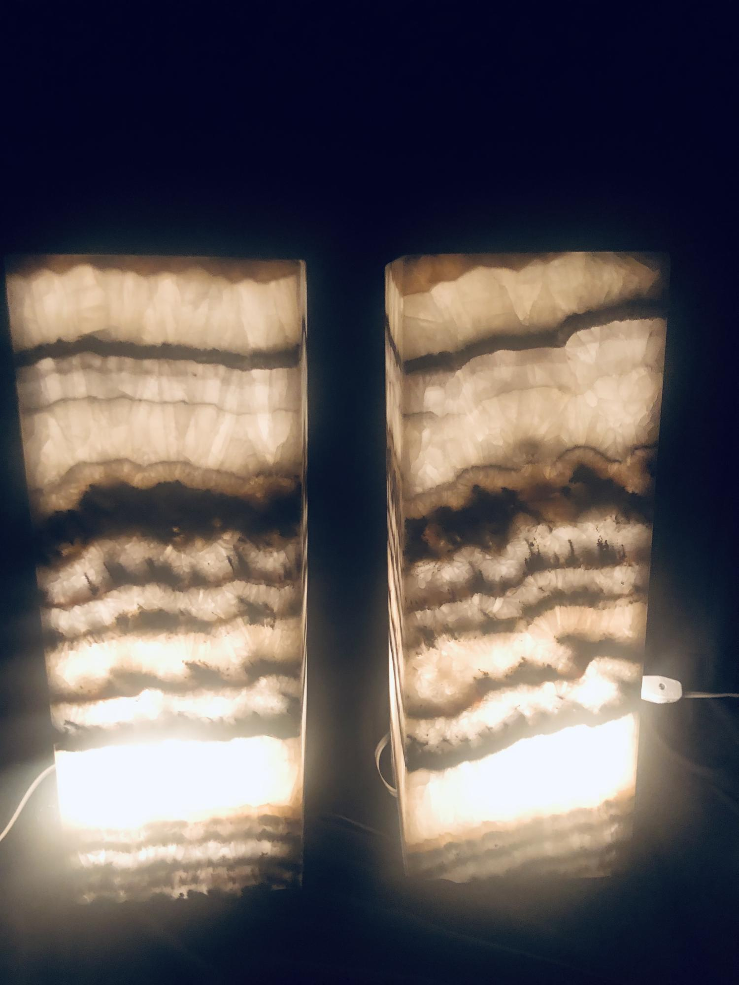 Lot 2 - Lighting/Minerals : A pair of onyx lamps, 40cm high