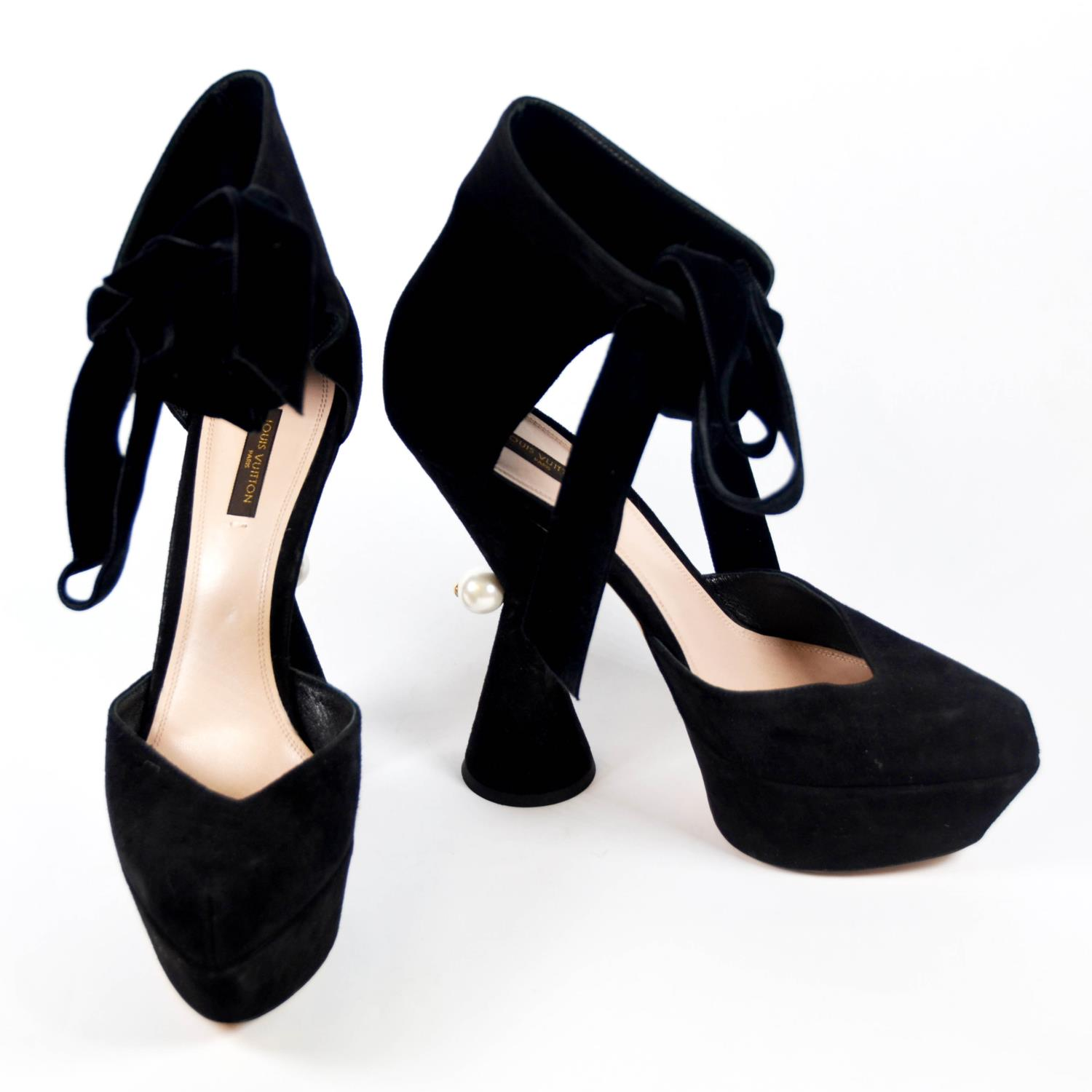 Lot 13A - LOUIS VUITTON, BLACK SUEDE HEELS With ribbon lace up ankle support, pointed wedge toe, hourglass