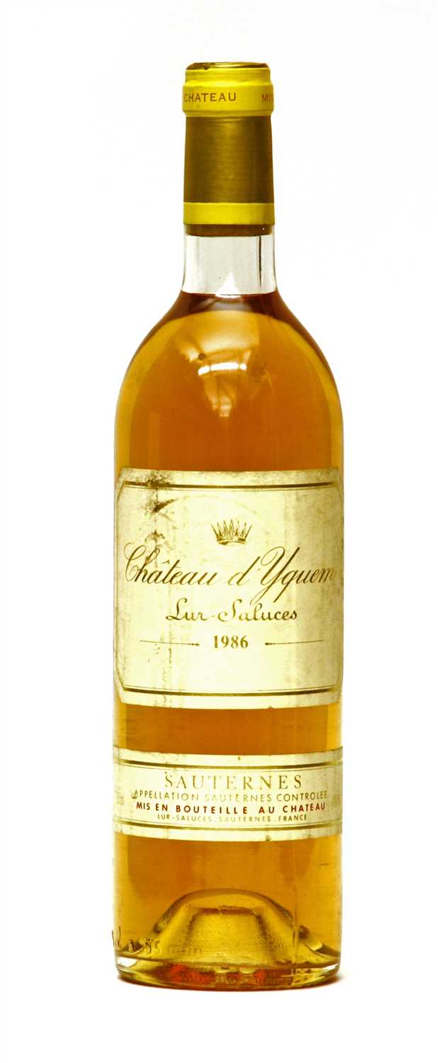 Lot 21 - Château d'Yquem, Lur-Saluces, 1986, one bottle