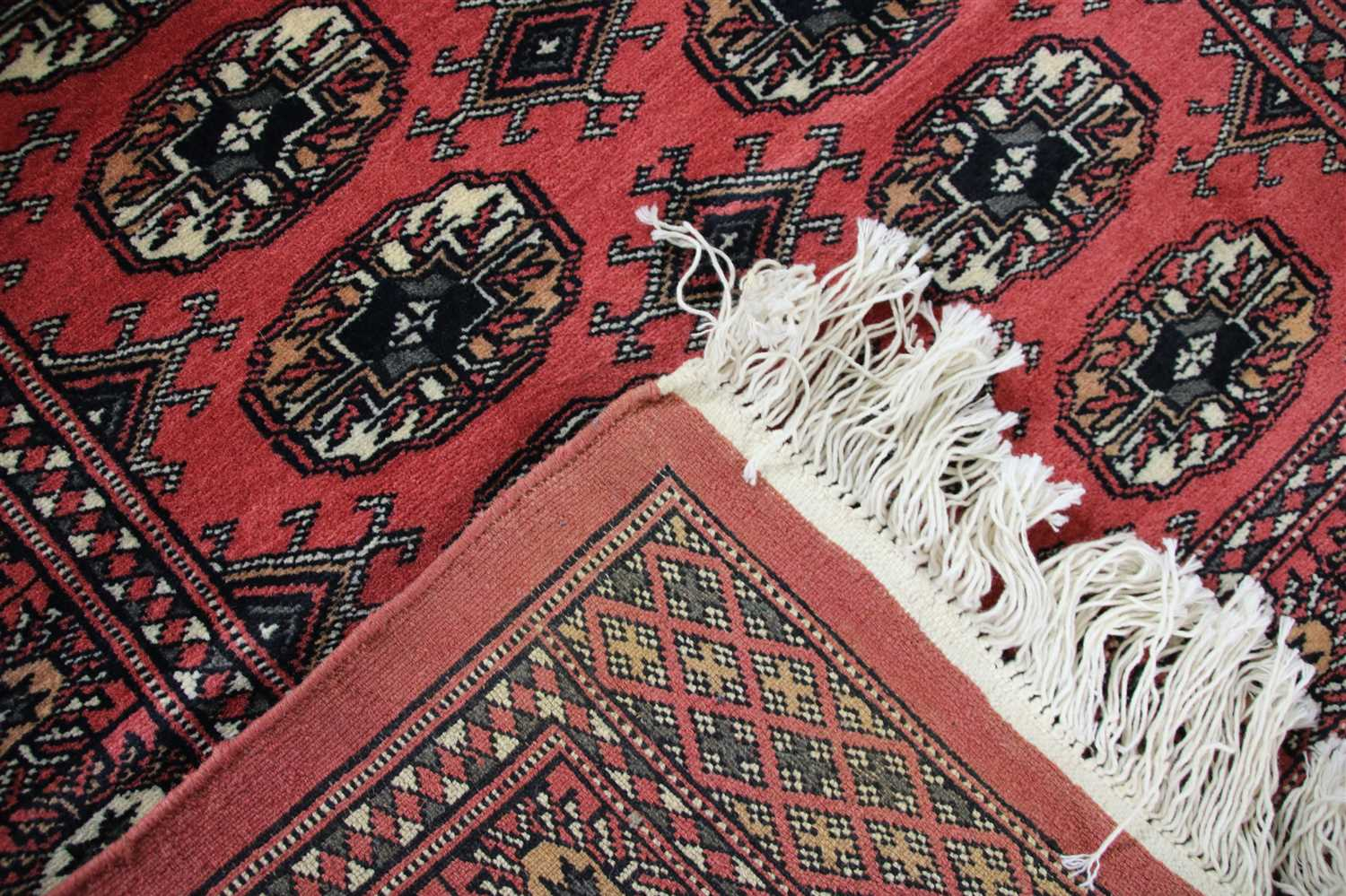 Lot 728 - A hand knotted Belouch rug