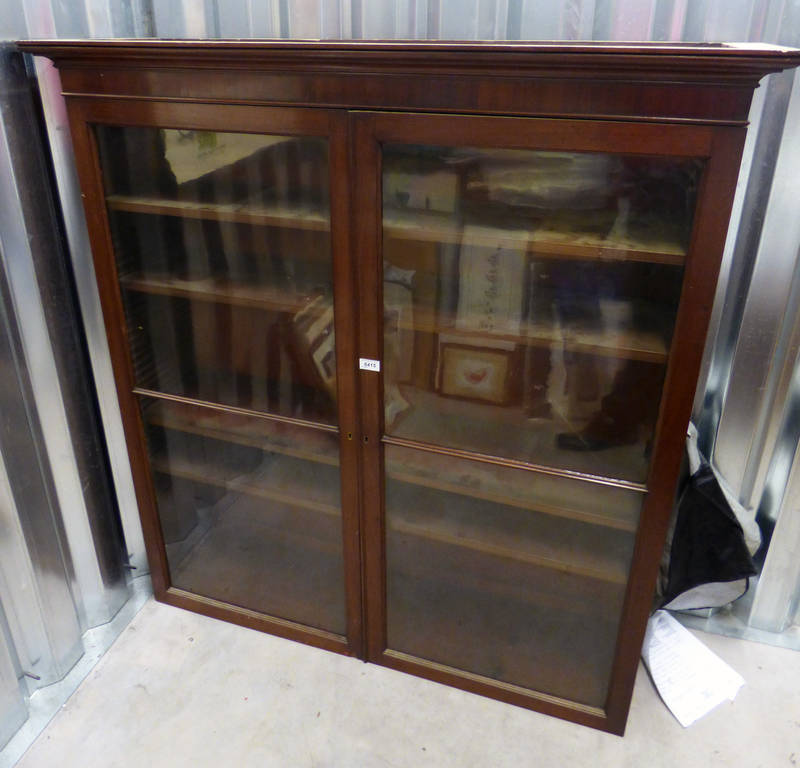 Lot 6415 - EARLY 20TH CENTURY MAHOGANY BOOKCASE WITH 2 GLASS PANEL DOORS 136.