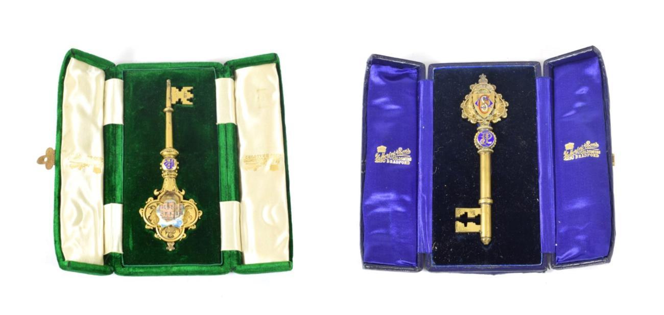 Lot 18 - An Edward VII Silver-Gilt and Enamel Presentation Key, by Fattorini and Sons Ltd., Birmingham, 1905,