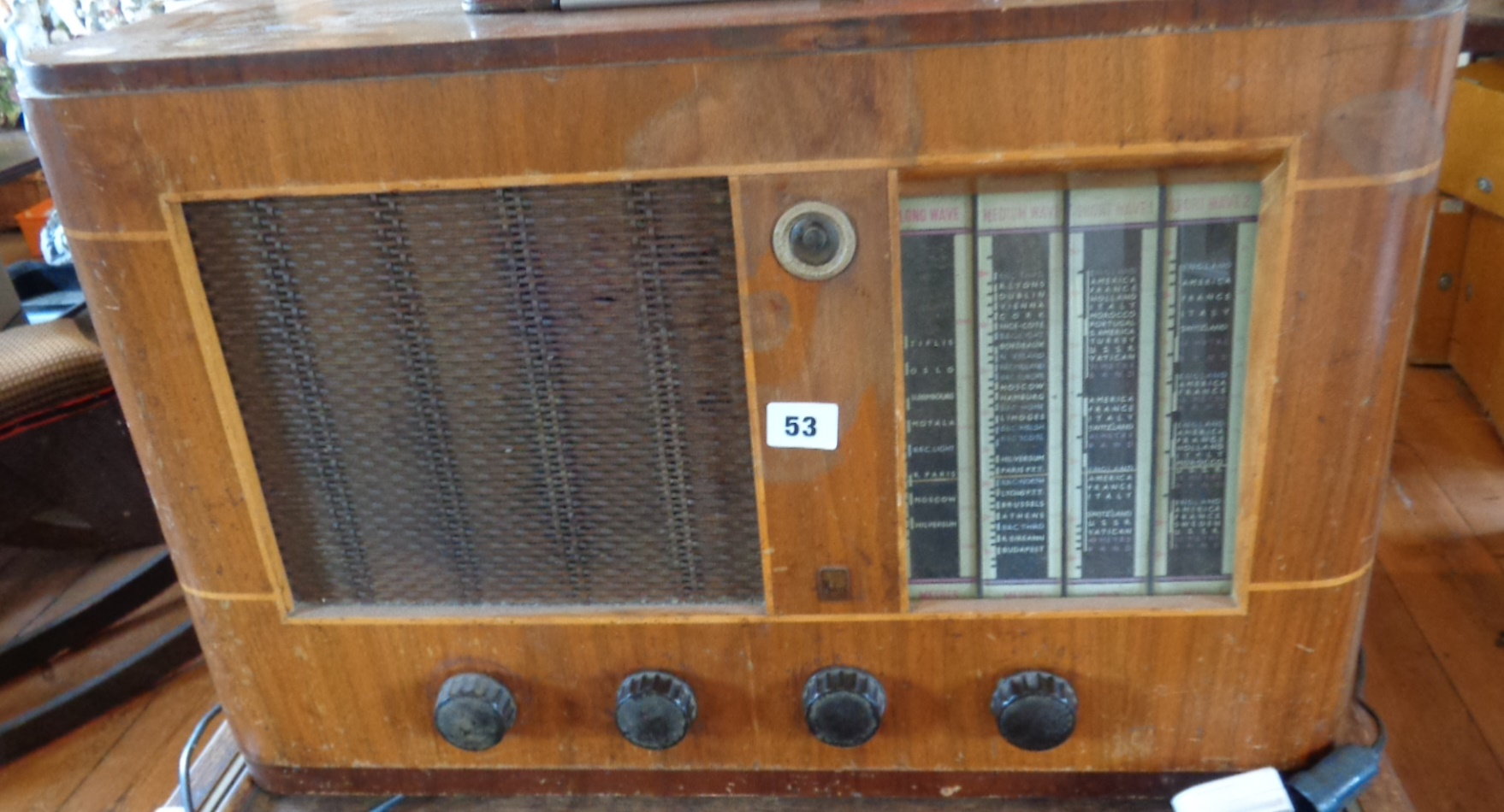 Lot 53 - Large wood cased Philco valve radio