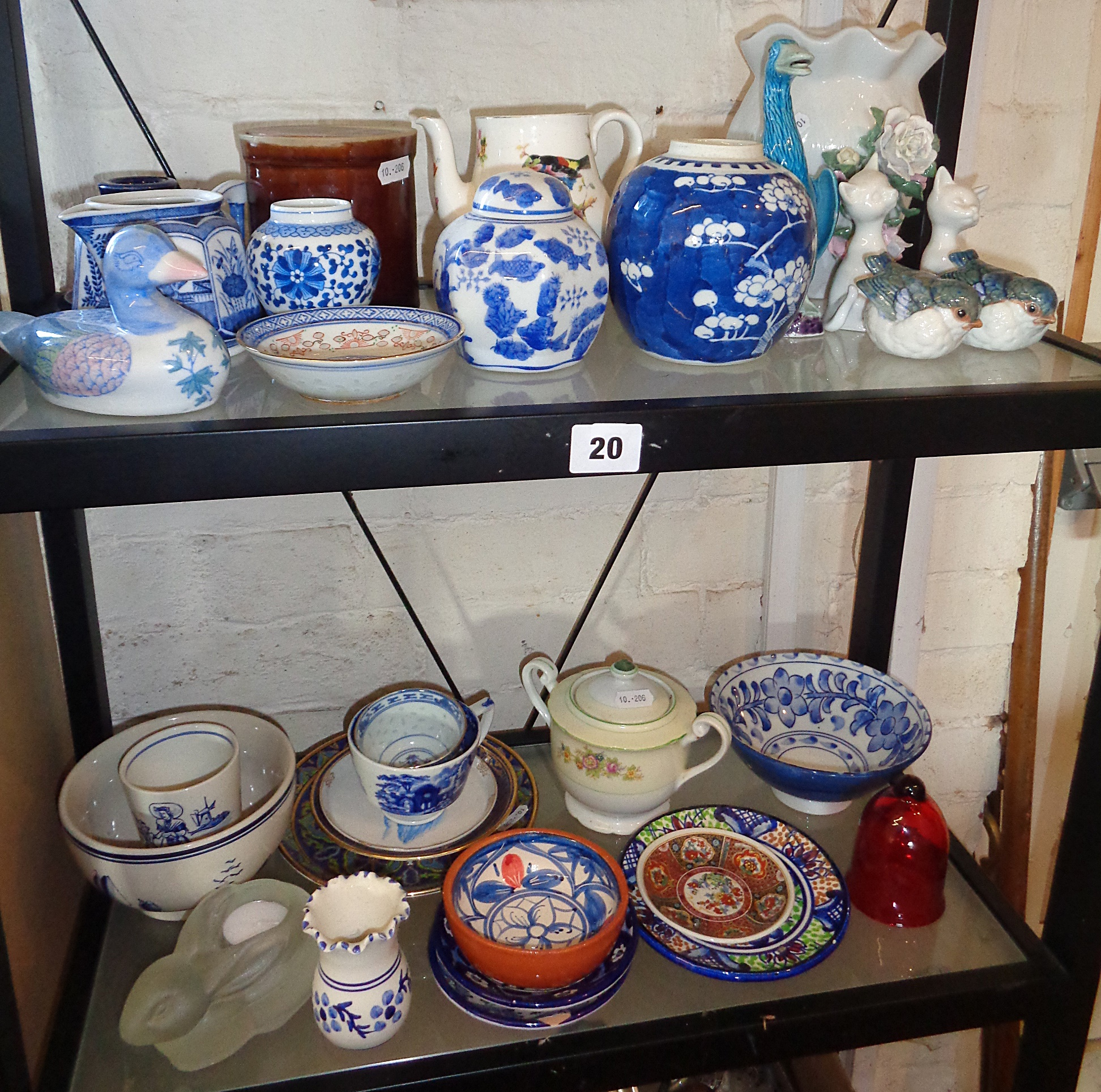 Lot 20 - Two shelves of assorted pottery and china