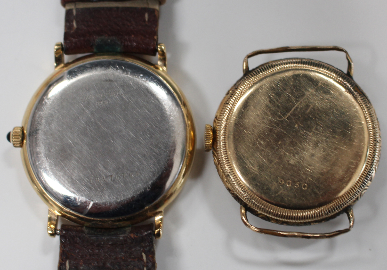 Lot 1007 - An Alfred Wolf gilt metal circular cased wristwatch, the jewelled lever movement detailed 'Patent No