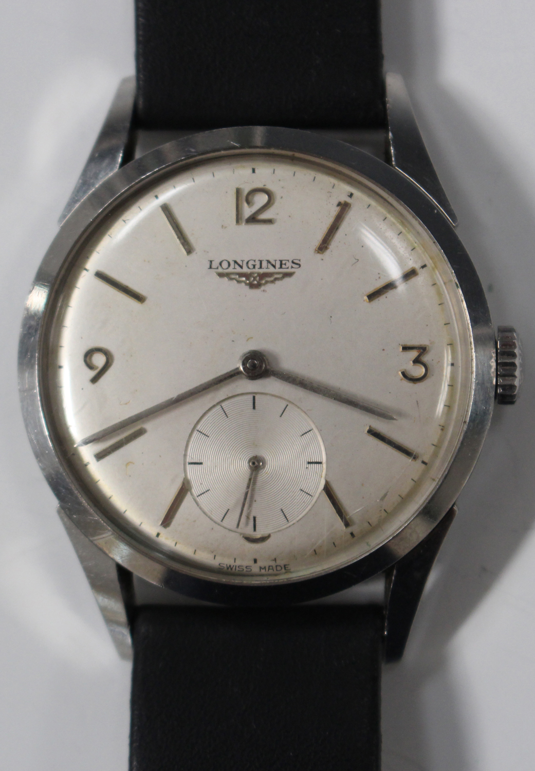 Lot 1039 - A Longines steel cased gentleman's wristwatch, the signed silvered circular dial with Arabic and