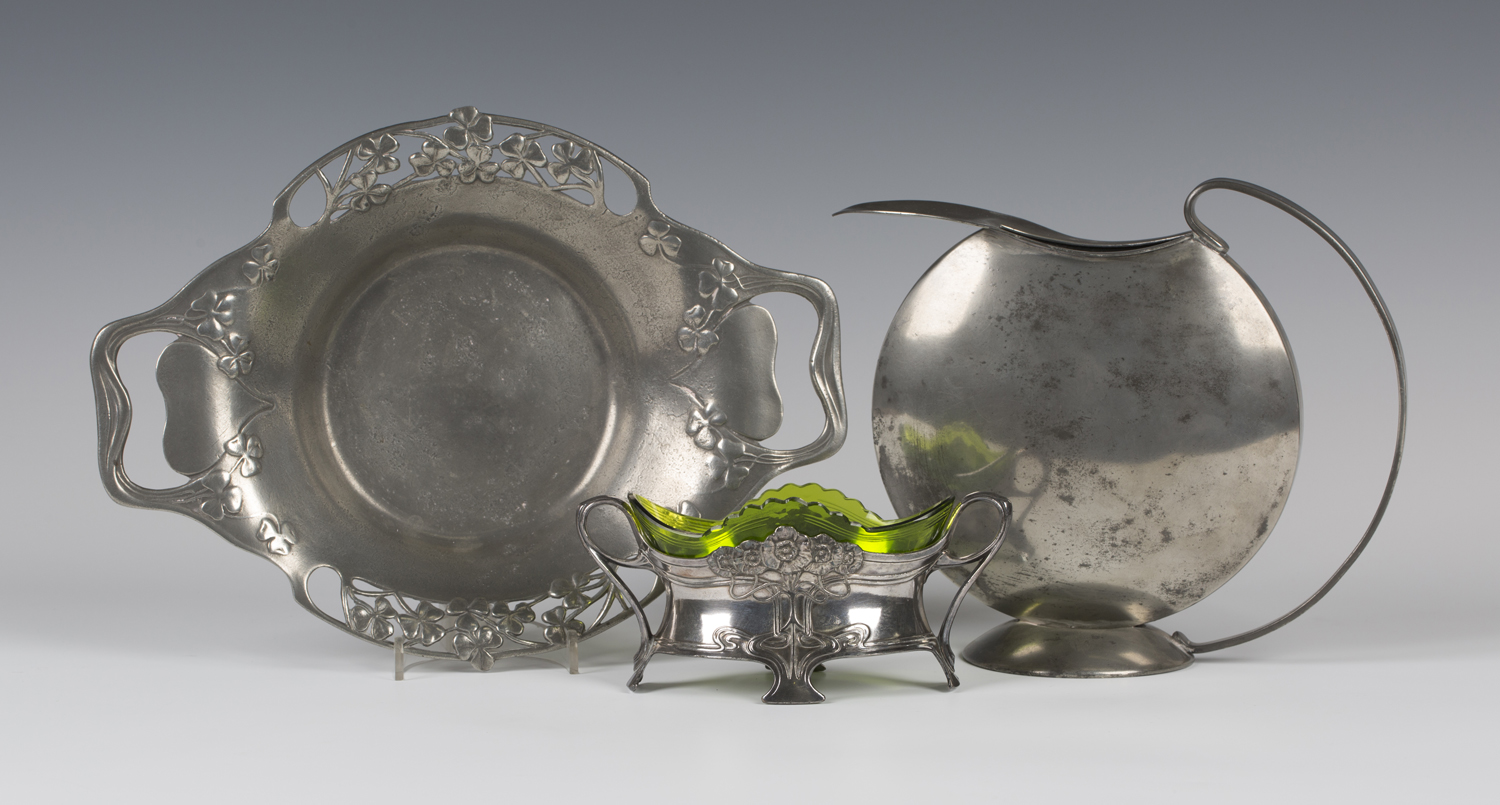 Lot 2628 - A WMF plated sweetmeat dish, fitted with a green glass liner, manufacturer's mark to foot, width