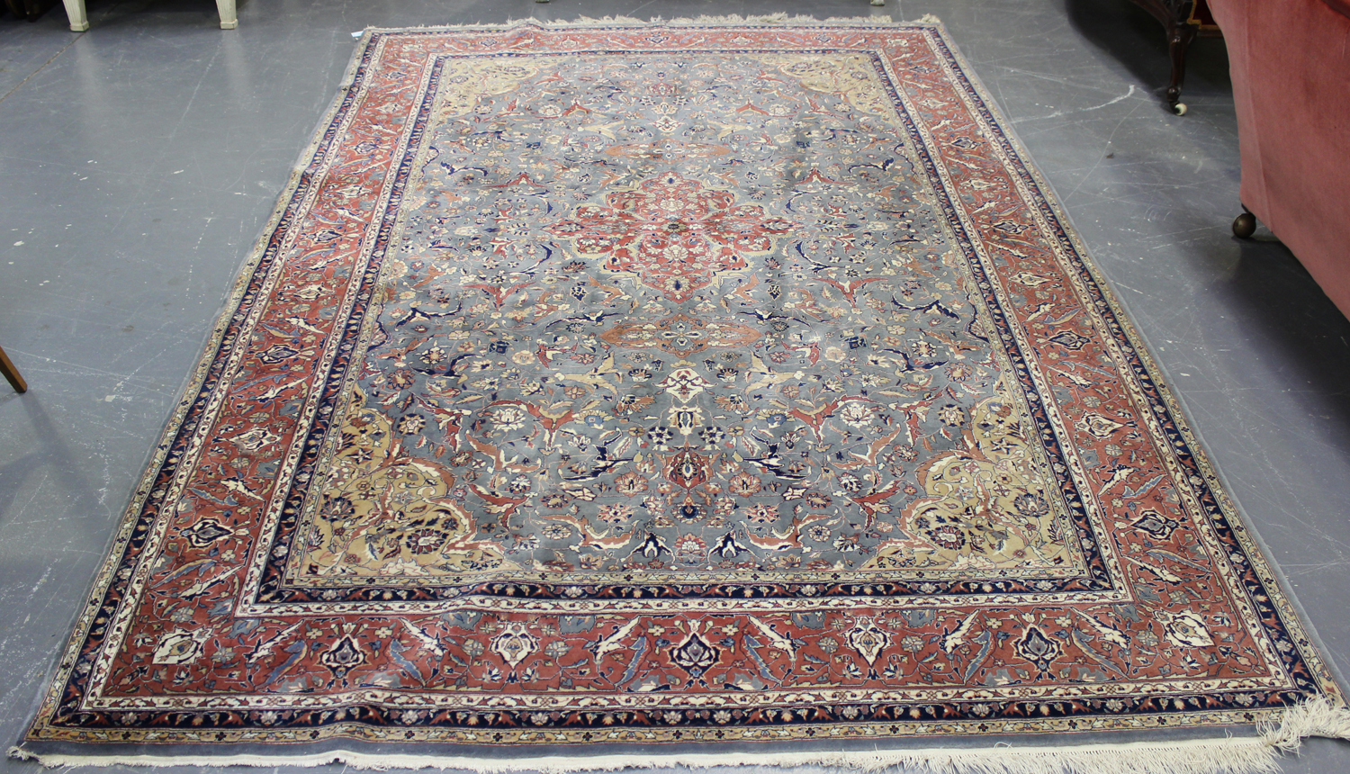 Lot 2929 - A fine Pakistan carpet, mid/late 20th century, the grey field with a floral medallion, supported
