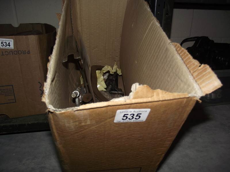 Lot 535 - A box of valve compressors, bearing pullers etc.