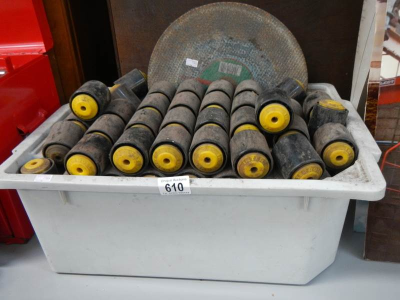 Lot 610 - A large quantity of Interroll roller bearings.