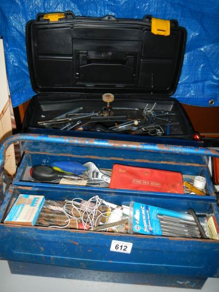 Lot 612 - 2 tool boxes and contents.