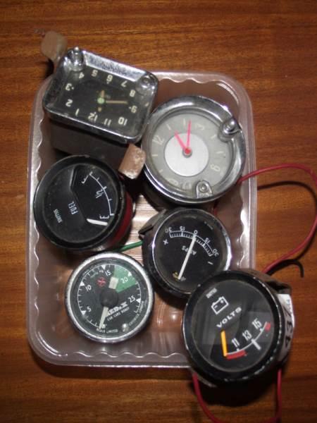 Lot 437 - A quantity of car gauges including clocks, full Redex etc.