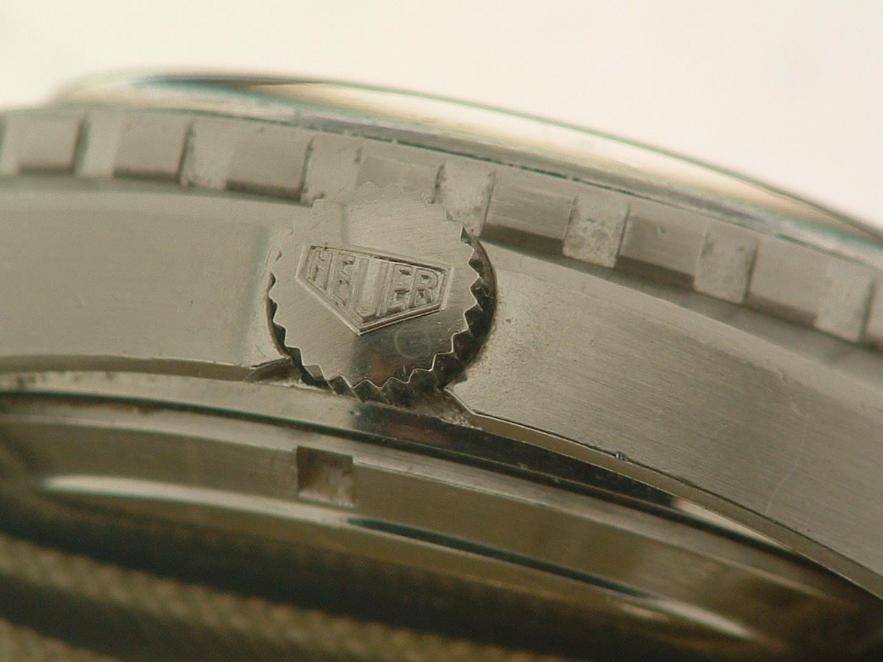 Lot 26 - HEUER. Orologio da uomo in acciaio, modello Autavia, crono movimento Leonidas. Quadrante originale a