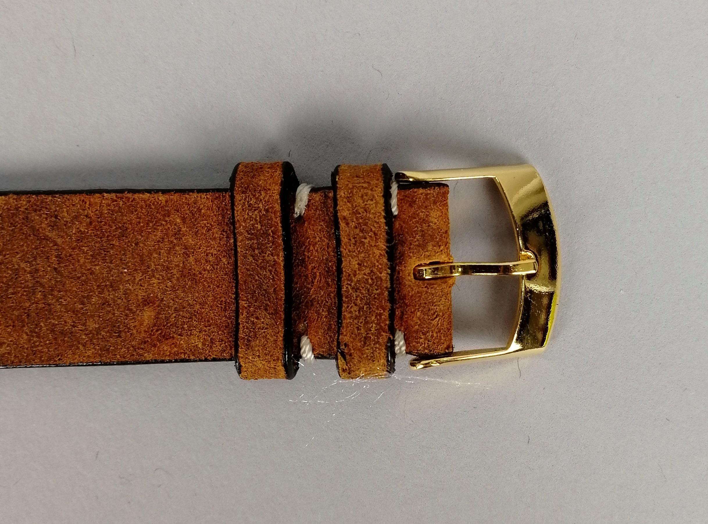 Lot 16 - CADOLA Ferrotex. Orologio da uomo in oro giallo 18 kt. a carica manuale. Cronografo a due