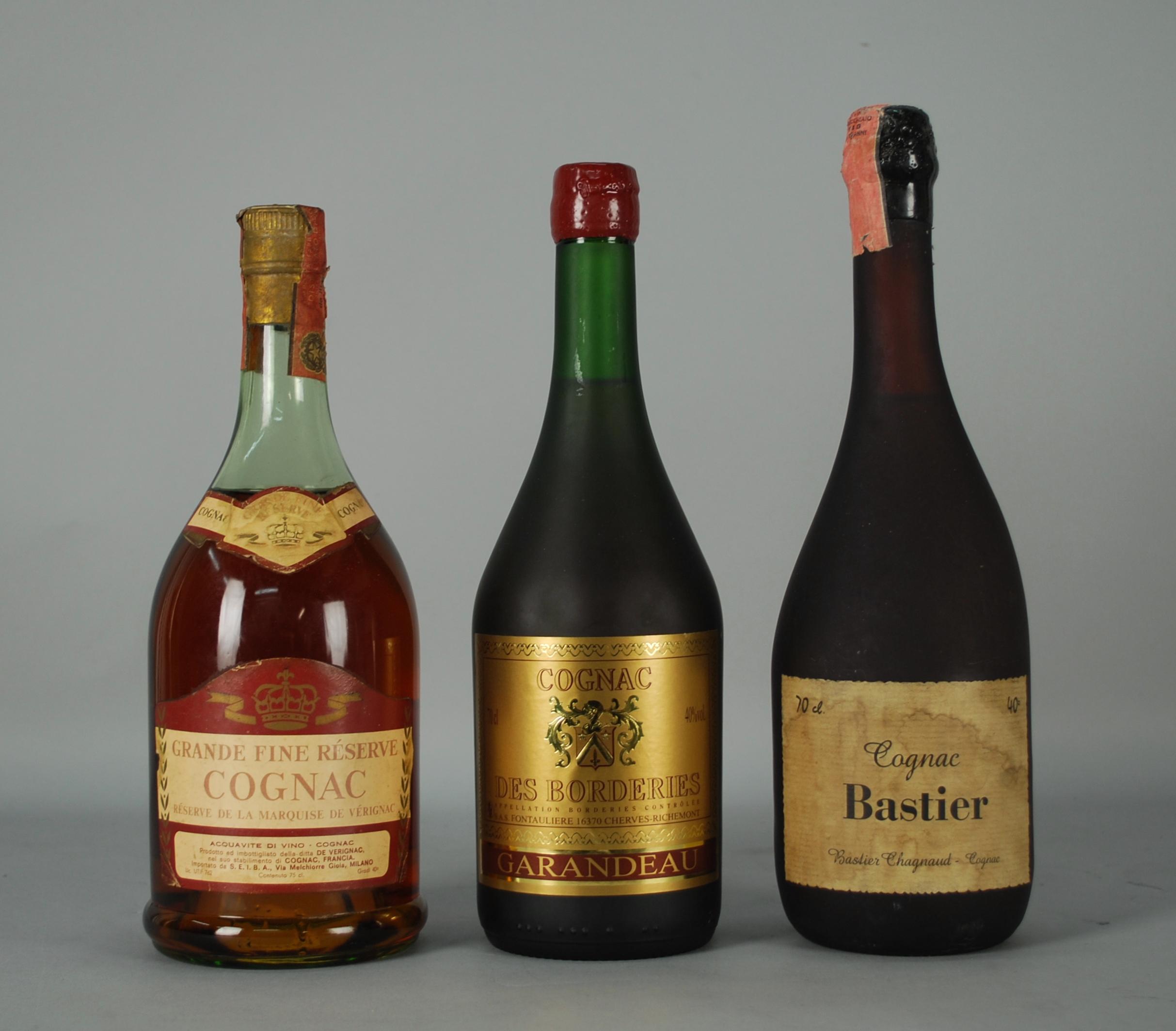 Lot 59 - Tre Cognac: - Cognac DE VÉRIGNAC - Réserve De La Marquise De Vérignac. Grande Fine Réserve. Fascetta