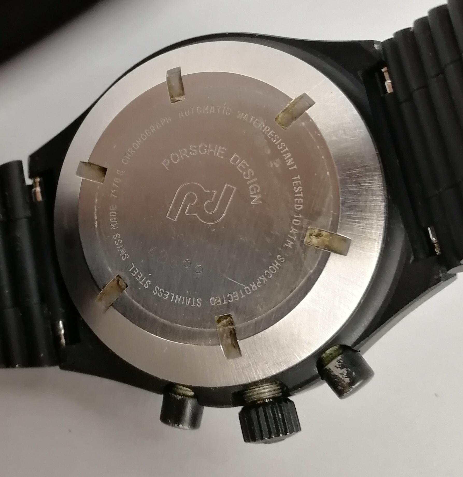 Lot 36 - ORFINA. Orologio da uomo in acciaio nero, modello Porsche Design crono automatico, con bracciale