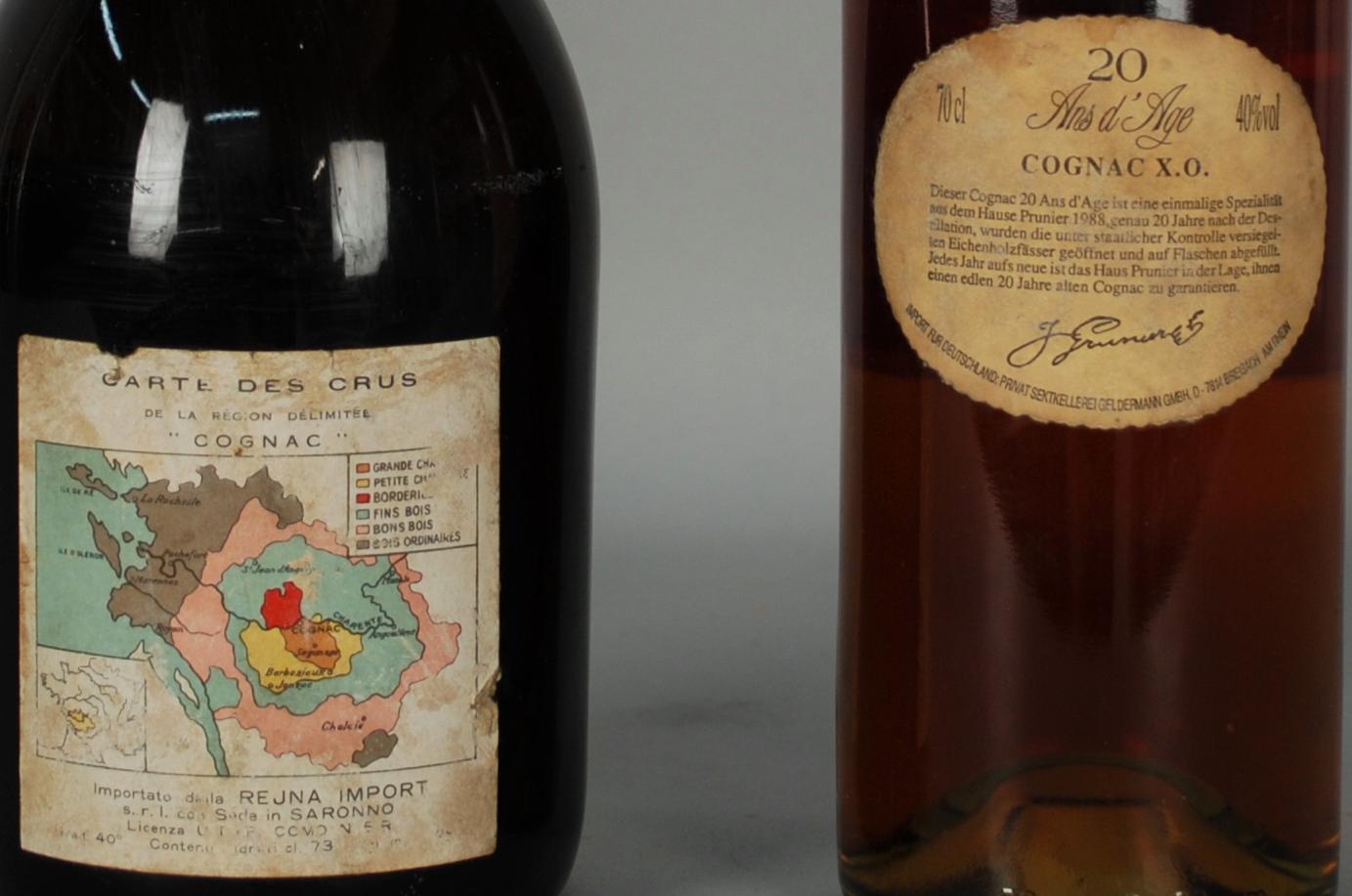 Lot 49 - Due Cognac invecchiati vent'anni: - Cognac VILLARD (gruppo Brugerolle) - 20 ans. Tappo sigillato