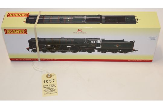 A Hornby OO gauge BR Britannia Class 4-6-2 locomotive  Coeur