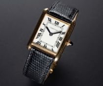 A RARE GENTLEMAN'S 18K SOLID GOLD CARTIER NEW YORK TANK WRIST WATCH CIRCA 1967 Movement: 18J,