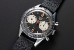 A VERY RARE GENTLEMAN'S STAINLESS STEEL HEUER AUTAVIA CHRONOGRAPH WRIST WATCH CIRCA 1962, REF.