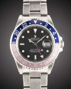 """A RARE GENTLEMAN'S STAINLESS STEEL ROLEX OYSTER PERPETUAL DATE GMT MASTER """"PEPSI"""" BRACELET WATCH"""