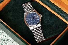 A GENTLEMAN'S STAINLESS STEEL ROLEX OYSTER PERPETUAL DATE BRACELET WATCH DATED 1974, REF. 1500