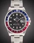 """A GENTLEMAN'S STAINLESS STEEL ROLEX OYSTER PERPETUAL DATE GMT MASTER """"PEPSI"""" BRACELET WATCH CIRCA"""