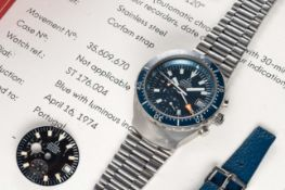 """A RARE GENTLEMAN'S STAINLESS STEEL OMEGA SEAMASTER """"BIG BLUE"""" AUTOMATIC CHRONOGRAPH BRACELET WATCH"""