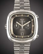 A GENTLEMAN'S STAINLESS STEEL HEUER SILVERSTONE AUTOMATIC CHRONOGRAPH BRACELET WATCH CIRCA 1970s,